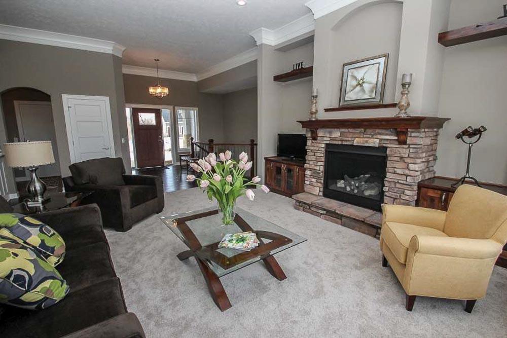 6738 Living Quality Furniture Rental
