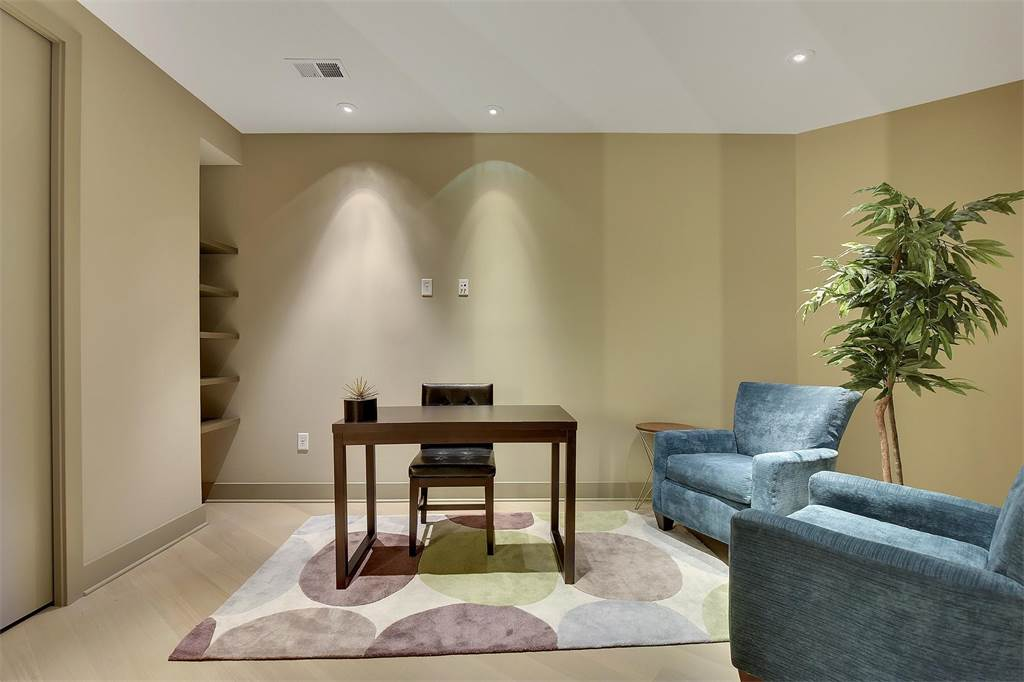 Office Quality Furniture Rental